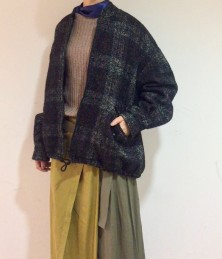 Check zip short coat