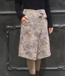 Gobelin woven lap skirt