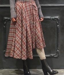Deformed skirt