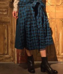 Crinkle check skirt