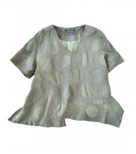 Dot V-neck blouse
