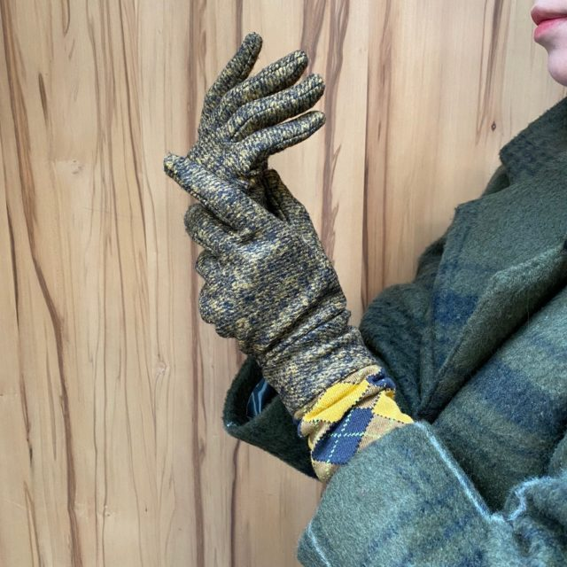 Pattern gloves